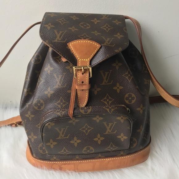 23f14fe216ee Louis Vuitton Handbags - Authentic LOUIS VUITTON Montsouris MM Monogram